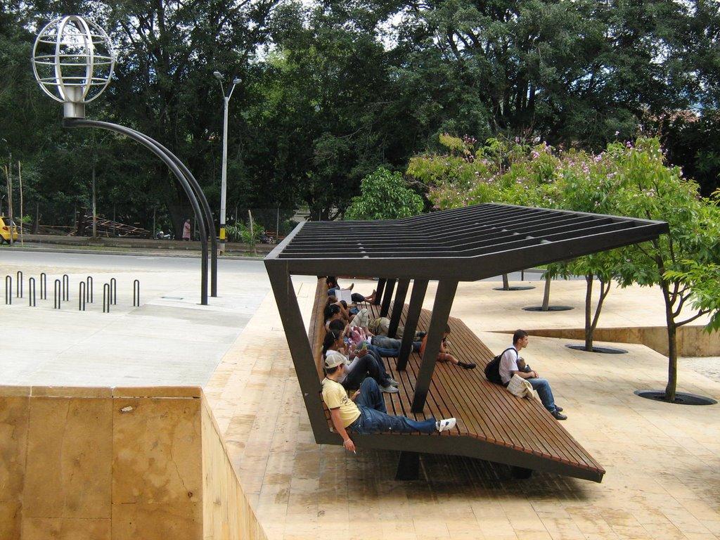 Mobiliario urbano el dise o que marca la diferencia for Mobiliario de diseno